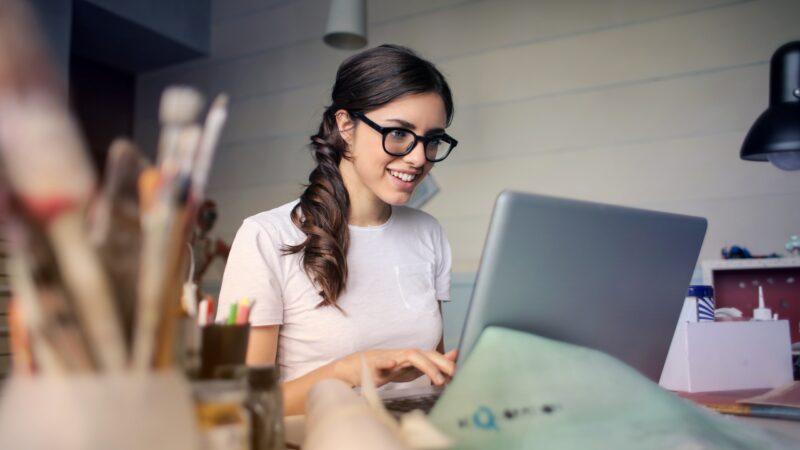 FutureTel Latest News Lady On Laptop